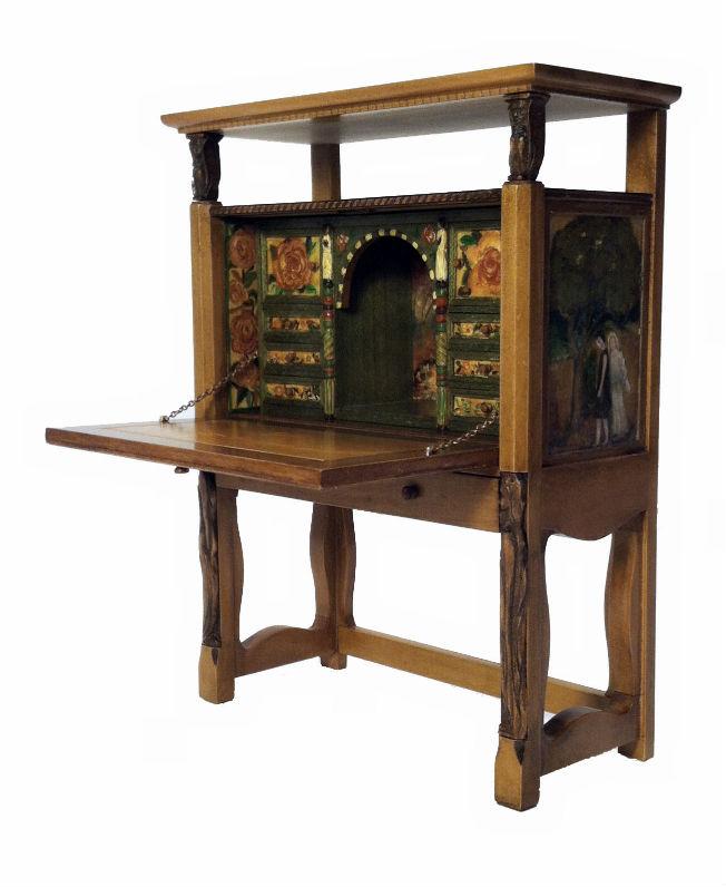 Tudor Desk