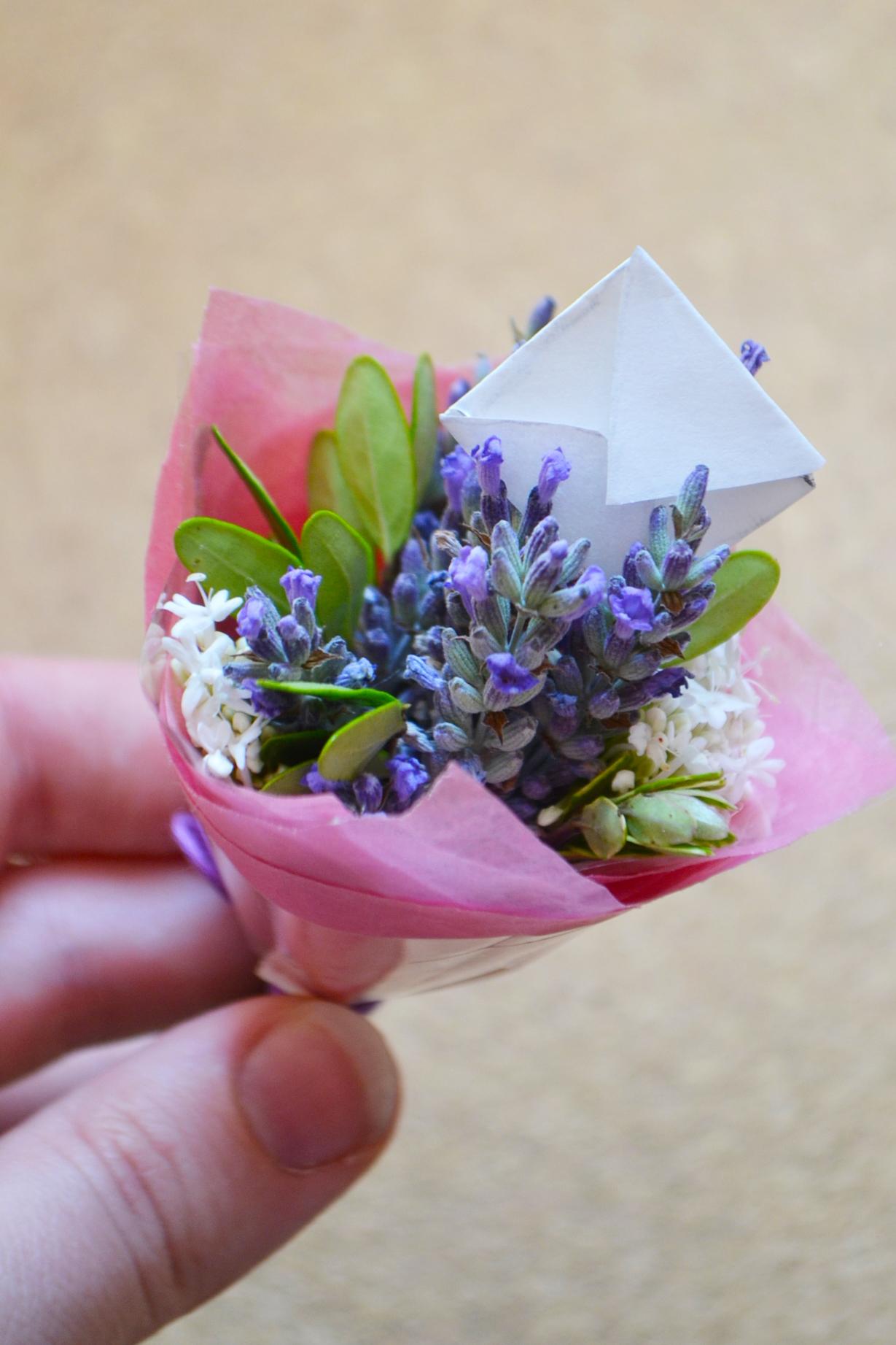 DIY Miniature Bouquets by Wallflower Girl